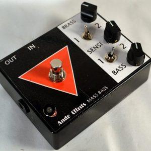 Mass Bass Vintage Fuzz pedal